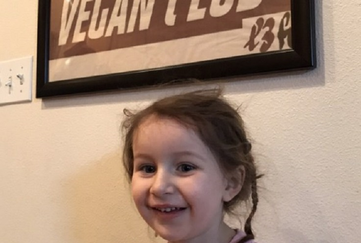 "Vegan Kids! Phoebe ""Viva"" Fernandez - Because Animals Are Our Friends"